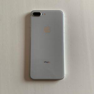iPhone 8 Plus 64 GB – Silver