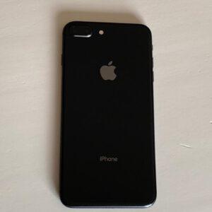 iPhone 8 Plus 64 GB – Negro